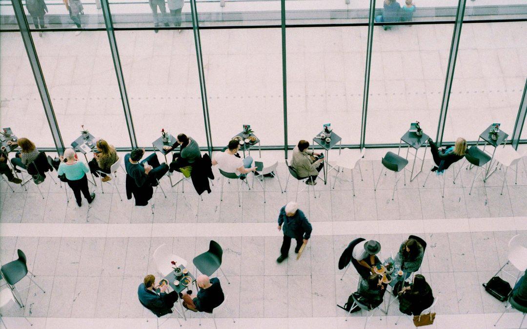 La comida afecta a tu desempeño laboral: descubre cómo y por qué